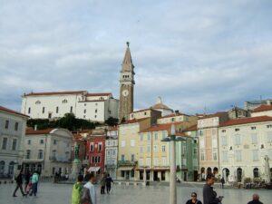 Slowenien Piran Piazza - Sento Wanderreisen